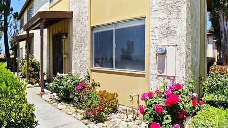 1240 Vista Serena Avenue, Banning, CA 92220 (#301535102) :: Ascent Real Estate, Inc.