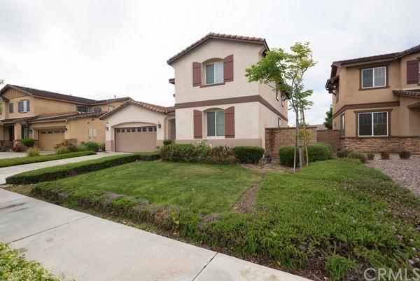 15985 San Leandro Drive, Fontana, CA 92336 (#301536865) :: COMPASS