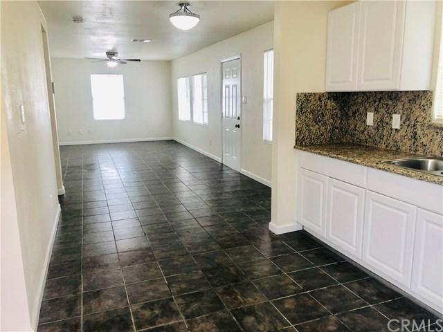 307 T Street, Bakersfield, CA 93304 (#301539082) :: Coldwell Banker Residential Brokerage