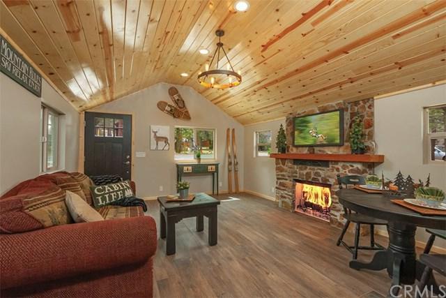 577 Holmes Lane, Sugar Loaf, CA 92386 (#301539139) :: Ascent Real Estate, Inc.