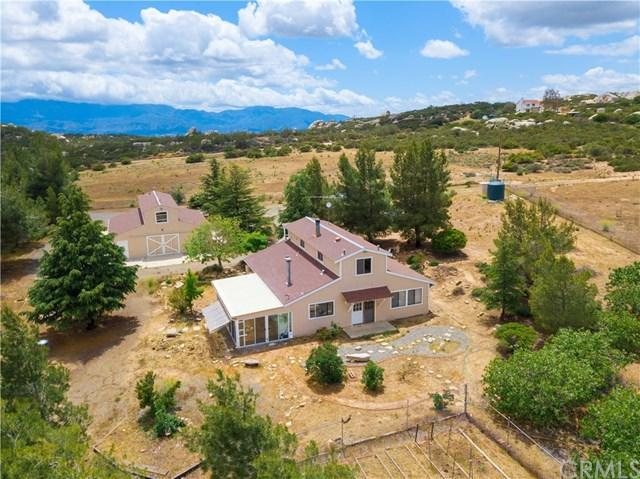 42010 Rolling Hills Drive, Aguanga, CA 92536 (#301539493) :: Coldwell Banker Residential Brokerage