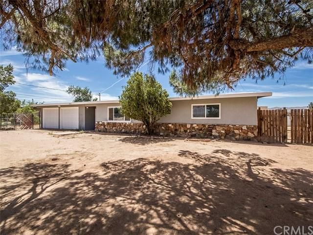 22931 Lucilla Road, Apple Valley, CA 92308 (#301546531) :: Coldwell Banker Residential Brokerage