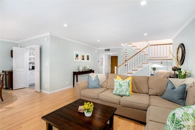 10620 Landale Street #3, Toluca Lake, CA 91602 (#301547962) :: Coldwell Banker Residential Brokerage
