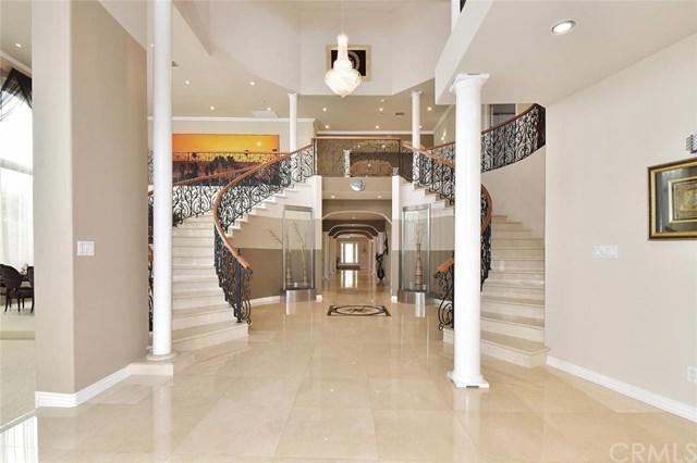 17928 Gridley Road, Artesia, CA 90701 (#301549306) :: Coldwell Banker Residential Brokerage