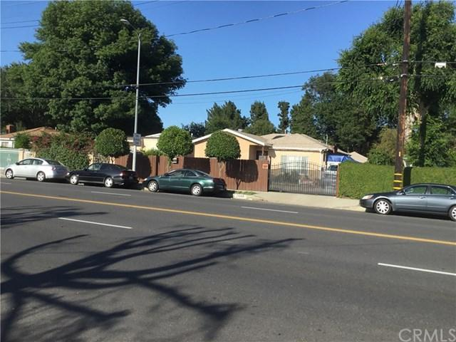 7448 Lindley Avenue, Reseda, CA 91335 (#301549493) :: Coldwell Banker Residential Brokerage