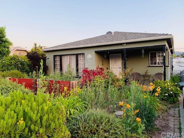 4934 Meridian Street, Highland Park, CA 90042 (#301550079) :: Coldwell Banker Residential Brokerage