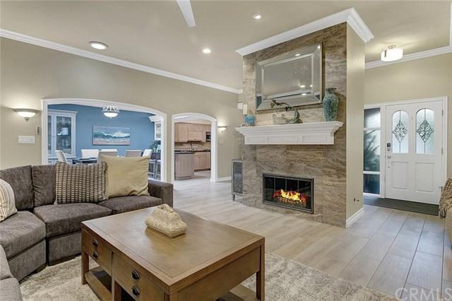 27 Rockrose Way, Irvine, CA 92612 (#301552031) :: Coldwell Banker Residential Brokerage