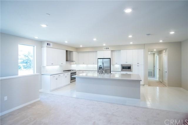 198 Tribeca #50, Irvine, CA 92612 (#301553911) :: Coldwell Banker Residential Brokerage