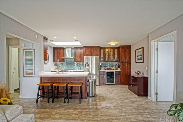77 15th #12, Hermosa Beach, CA 90254 (#301554542) :: Coldwell Banker Residential Brokerage