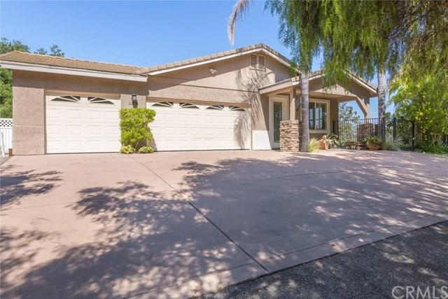 2264 E Mission Road, Fallbrook, CA 92028 (#301555861) :: Coldwell Banker Residential Brokerage
