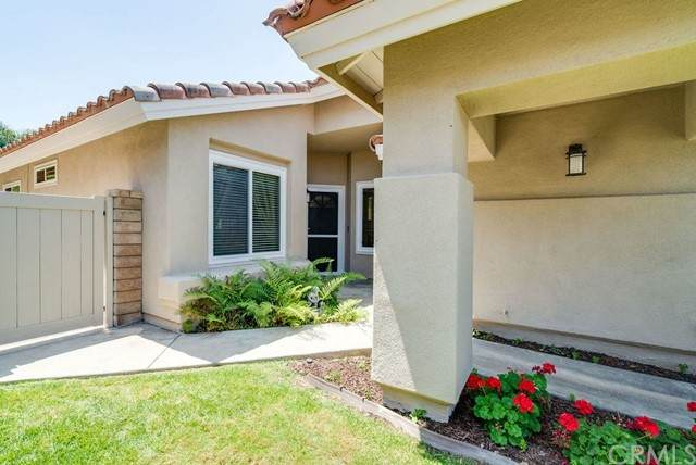 416 S Hibiscus Way, Anaheim Hills, CA 92808 (#301556854) :: Coldwell Banker Residential Brokerage
