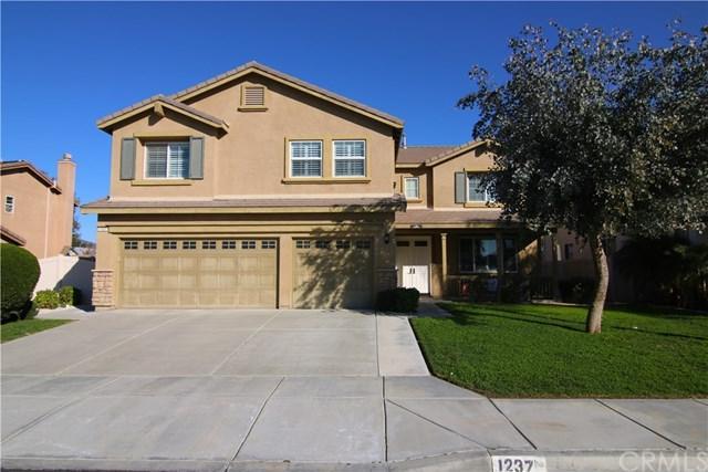 1237 Huckleberry Lane, San Jacinto, CA 92582 (#301557513) :: Whissel Realty