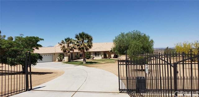 10252 Bella Vista Street, Apple Valley, CA 92308 (#301558249) :: Coldwell Banker Residential Brokerage
