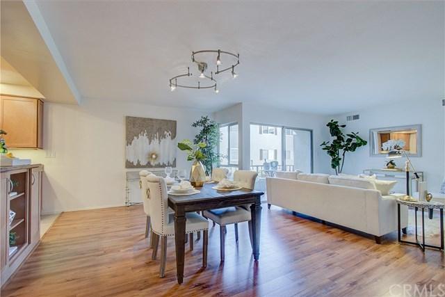 10707 Camarillo Street #214, Toluca Lake, CA 91602 (#301558589) :: Coldwell Banker Residential Brokerage