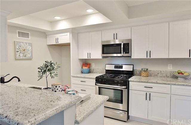 1514 Windsor Lane, Fullerton, CA 92831 (#301558866) :: Coldwell Banker Residential Brokerage