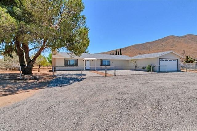 9277 Joshua Street, Apple Valley, CA 92308 (#301559040) :: Coldwell Banker Residential Brokerage