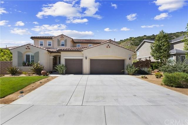 7413 Sanctuary Drive, Corona, CA 92883 (#301559422) :: Pugh   Tomasi & Associates