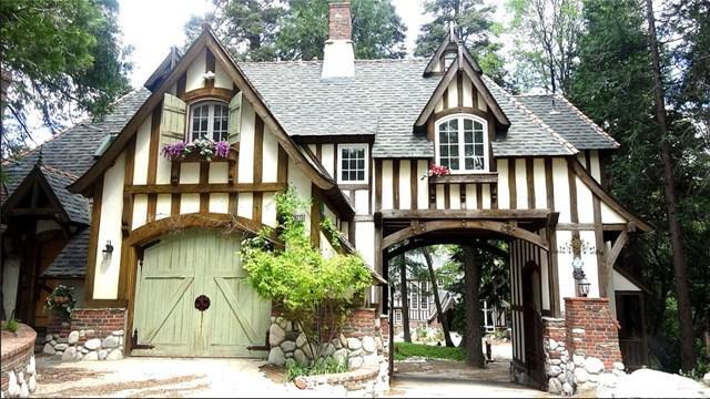 29223 Pigeon Hawk Lane, Lake Arrowhead, CA 92352 (#301561110) :: Coldwell Banker Residential Brokerage