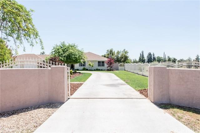 8087 E Carmen Avenue, Fresno, CA 93737 (#301561563) :: Coldwell Banker Residential Brokerage