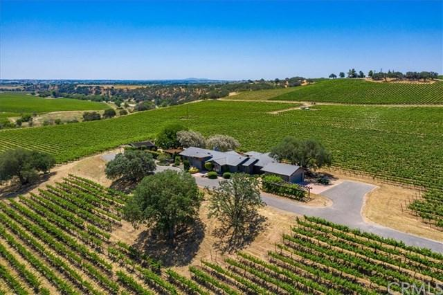 7790 Airport Road, Paso Robles, CA 93446 (#301562057) :: Coldwell Banker Residential Brokerage
