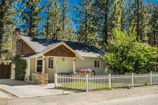 817 W Fairway Boulevard, Big Bear, CA 92314 (#301563900) :: COMPASS