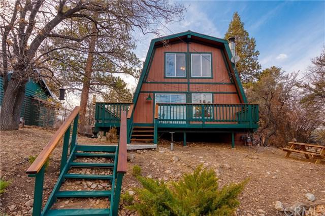 745 Villa Grove Avenue, Big Bear, CA 92314 (#301565071) :: COMPASS