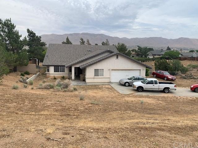 8031 Mono Drive, Hesperia, CA 92345 (#301565740) :: Coldwell Banker Residential Brokerage