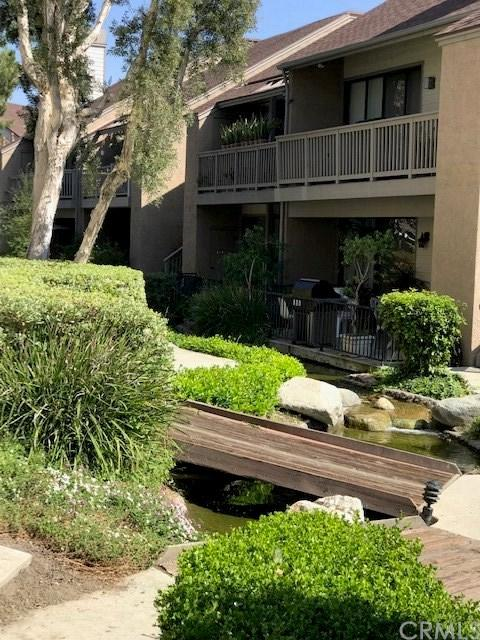 10591 Lakeside Drive A-195, Garden Grove, CA 92840 (#301565979) :: Coldwell Banker Residential Brokerage