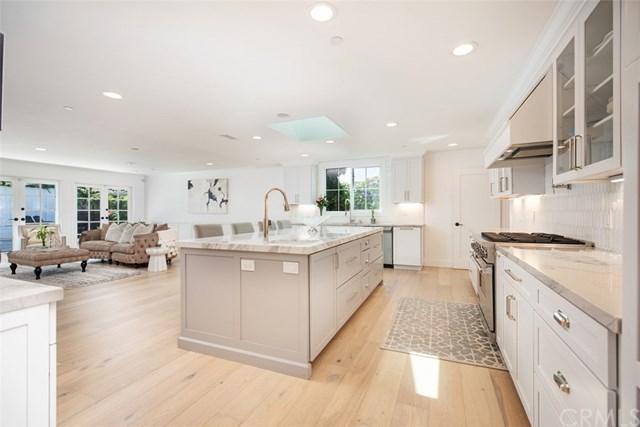 2101 Leeward Lane, Newport Beach, CA 92660 (#301566905) :: Coldwell Banker Residential Brokerage
