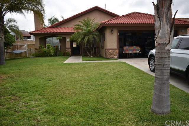 15232 Macadamia Court, Fontana, CA 92335 (#301566934) :: Coldwell Banker Residential Brokerage