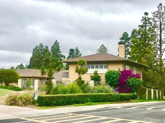 83 Royal Saint George Road, Newport Beach, CA 92660 (#301567117) :: Coldwell Banker Residential Brokerage