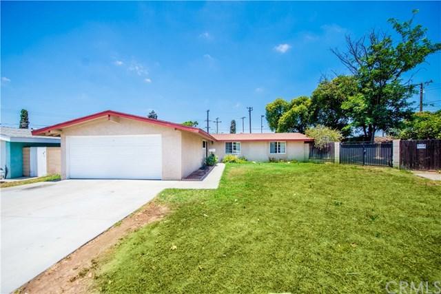 545 N Emerald Drive, Orange, CA 92868 (#301570690) :: Whissel Realty