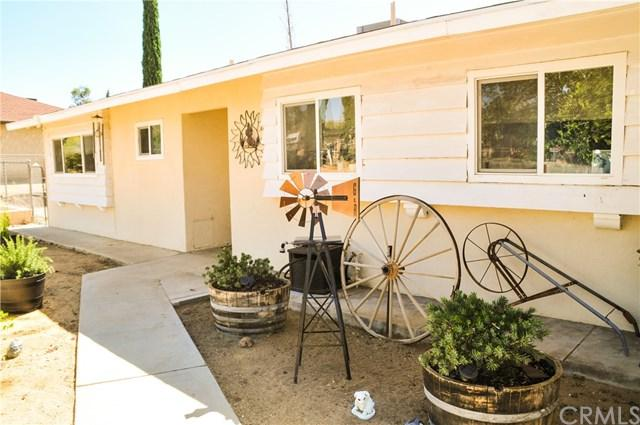 7138 Hanford Avenue, Yucca Valley, CA 92284 (#301576538) :: Keller Williams - Triolo Realty Group