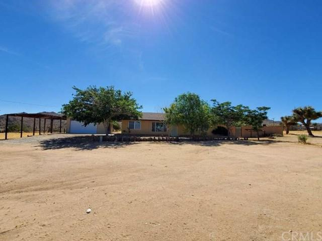 8423 Paradise View Road, Yucca Valley, CA 92284 (#301578942) :: Keller Williams - Triolo Realty Group
