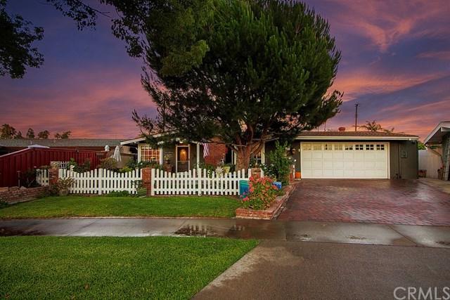 457 N Crescent Drive, Orange, CA 92868 (#301580933) :: Whissel Realty