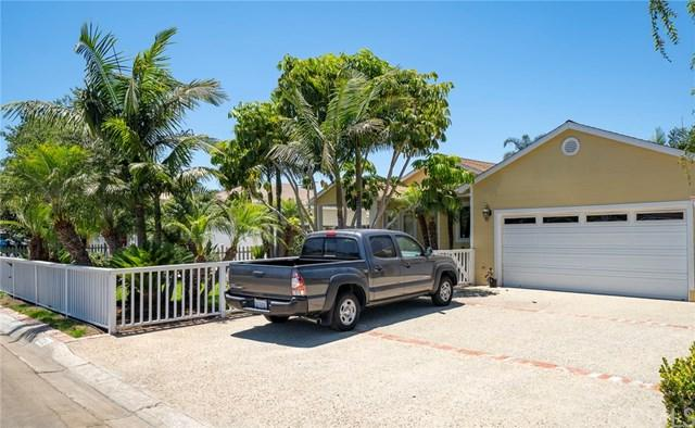 20151 Spruce Avenue, Newport Beach, CA 92660 (#301583318) :: Whissel Realty