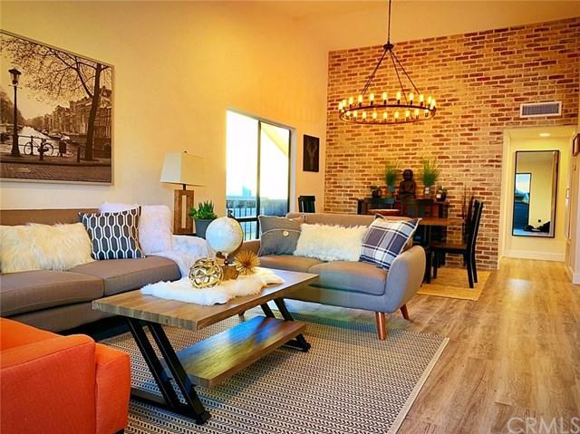 7300 Corbin Ave M, Reseda, CA 91335 (#301586942) :: Coldwell Banker Residential Brokerage