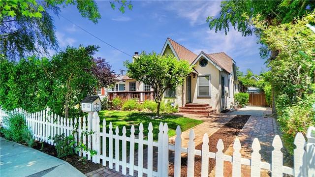 10805 Acama Street, Studio City, CA 91602 (#301590225) :: Coldwell Banker Residential Brokerage