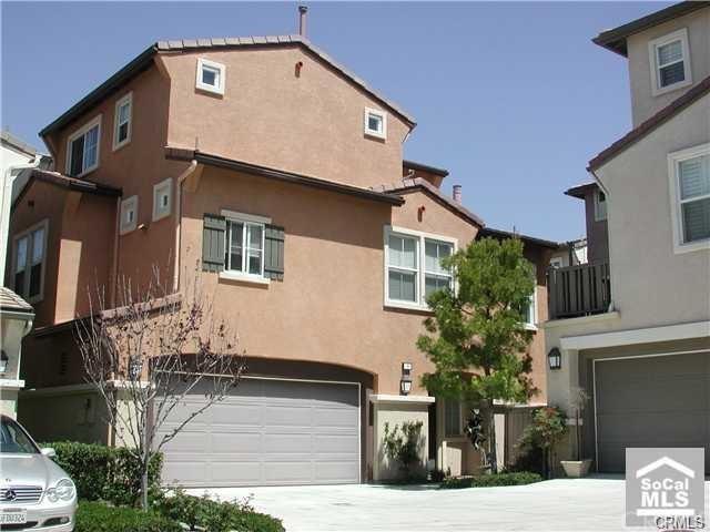 5 Silvermaple #75, Irvine, CA 92618 (#301590916) :: Coldwell Banker Residential Brokerage