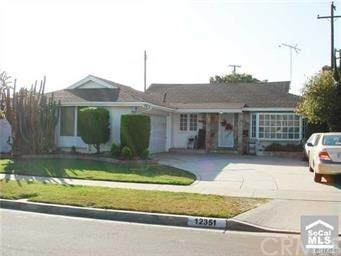 12351 Georgian Street, Garden Grove, CA 92841 (#301593661) :: Whissel Realty