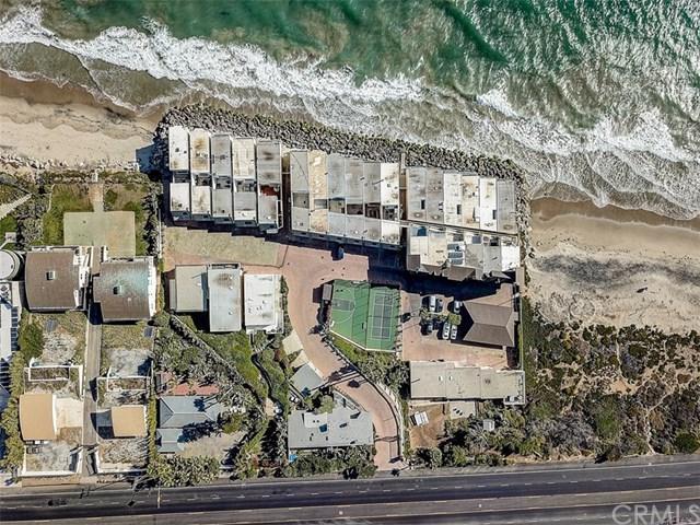 11770 Pacific Coast D, Malibu, CA 90265 (#301596168) :: Compass
