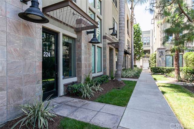 224 N Bush Street, Santa Ana, CA 92701 (#301604212) :: Coldwell Banker Residential Brokerage