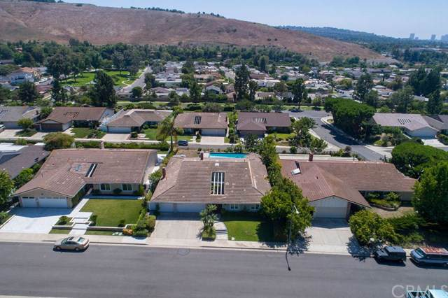 5712 Oakley Terrace, Irvine, CA 92603 (#301605541) :: Coldwell Banker Residential Brokerage