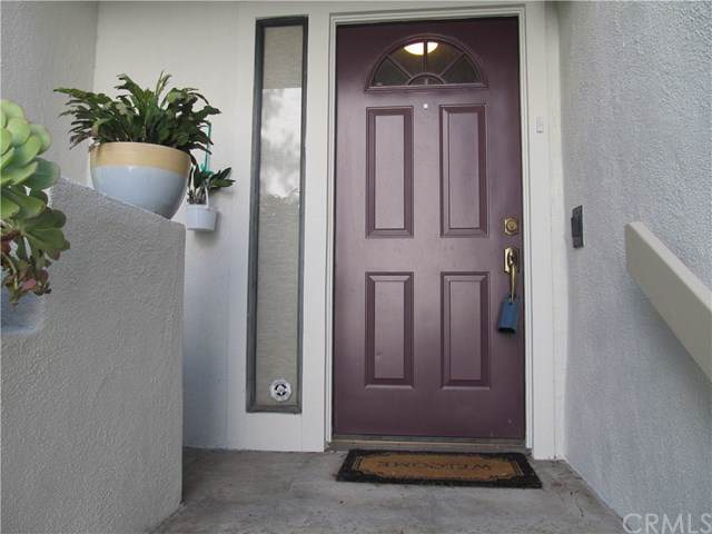 5846 Creekside Avenue - Photo 1