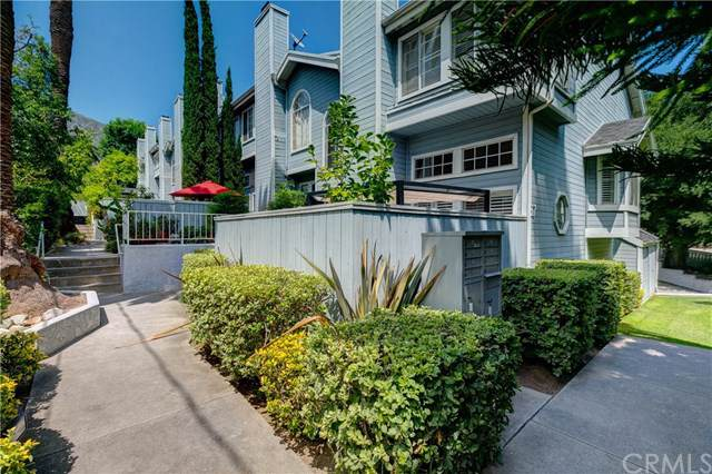 97 E Highland Avenue A, Sierra Madre, CA 91024 (#301607002) :: Coldwell Banker Residential Brokerage