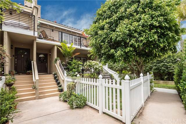 106 S Guadalupe Avenue C, Redondo Beach, CA 90277 (#301609918) :: Coldwell Banker Residential Brokerage