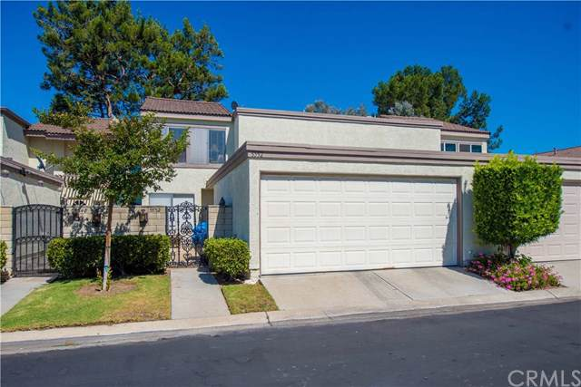 5552 E Vista Del Este, Anaheim Hills, CA 92807 (#301610330) :: Coldwell Banker Residential Brokerage