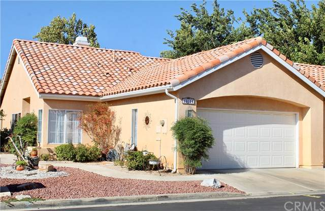 19014 Primrose Lane, Apple Valley, CA 92308 (#301611530) :: Coldwell Banker Residential Brokerage