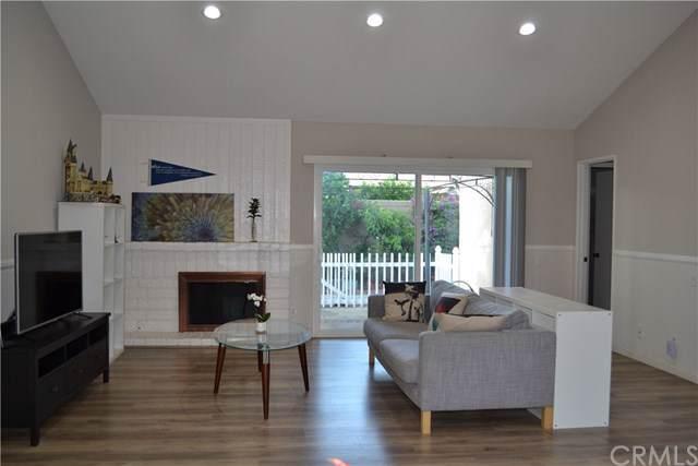1147 Cabrillo Park Drive, Santa Ana, CA 92701 (#301611638) :: Coldwell Banker Residential Brokerage