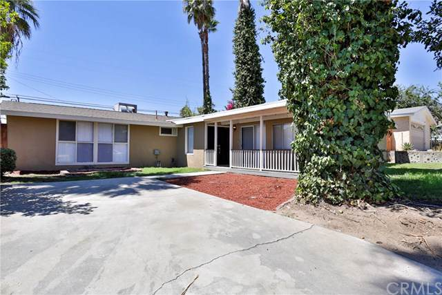 5412 Elmwood Road, San Bernardino, CA 92404 (#301612007) :: Pugh | Tomasi & Associates